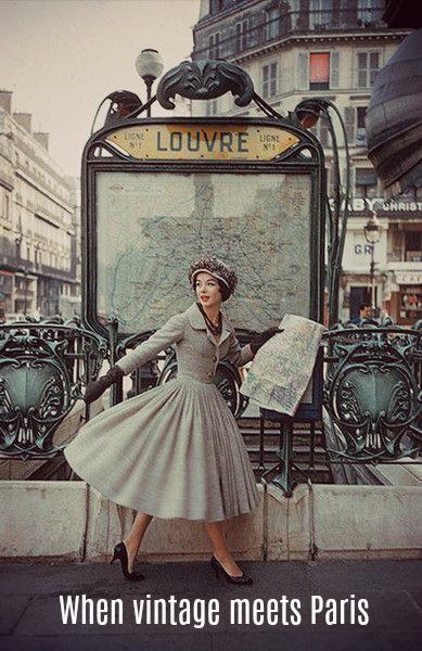 Paris Blog, Things to do in Paris, Christmas Market Paris, Pere Lachaise, Moonlitekingdom, Sudeepta Sanyal, Indian travel blogger, Paris Je T'aime, Paris travel, Paris life, Paris by night